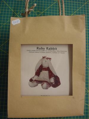 Zelfmaak pakket Ruby Rabbit