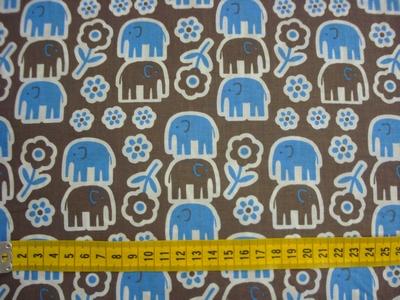 Katoen met blauw printje olifantje