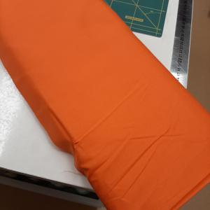 Gekleurd katoen 110gr/m2 Oranje 23 €6,00 p/m