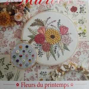 Les Broderies de Marie et Cie Fleur de printemps nr.14